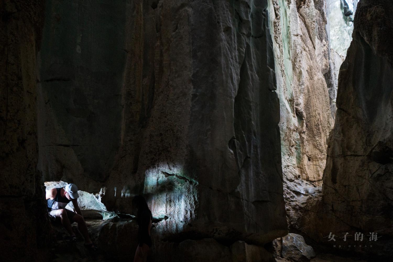 愛妮島洞穴