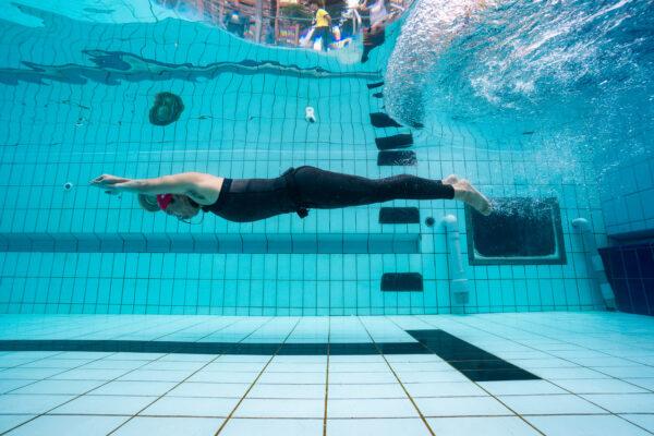 自由潛水泳池賽
